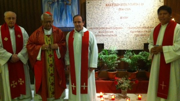 Tumba de los mártires redentoristas en el Santuario del Perpetuo Socorro de Madrid.