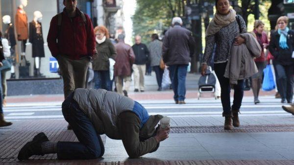 Más de cuatro millones de pobres en España