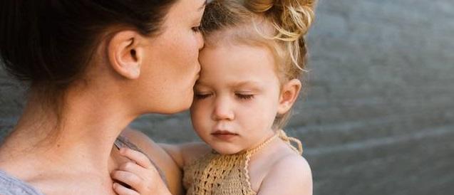 Los hijos de familias monoparentales suelen tener peores resultados educativos que los de familias tradicionales