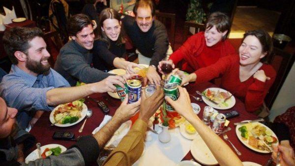 Familia estadounidense el Día de Acción de Gracias