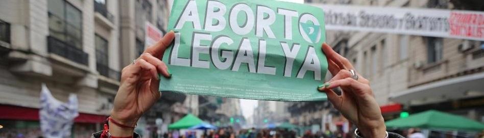 En España, Eslovaquia y Grecia ambos sexos coinciden por igual en reivindicar el aborto legal
