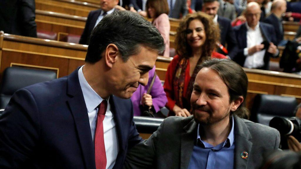 Pedro Sanchez y Pablo Iglesias (Ley eutanasia)