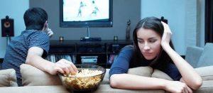 A mayor consumo de la televisión, menor natalidad