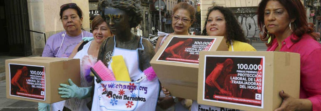 Manifestación de empleadas del hogar en protesta por sus condiciones de trabajo