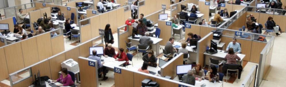 Andalucía aparece como la comunidad con más funcionarios
