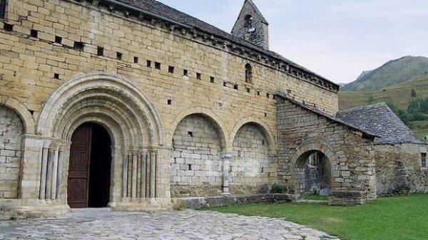 Iglesia románica de Sant Andreu de Salardú
