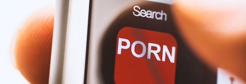 acceso a la pornografía