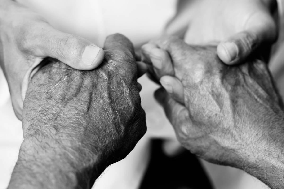 ¿Qué esconde la falta de debate sobre la Ley de eutanasia?