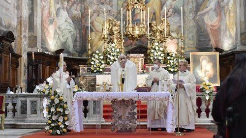 """El Papa durante el II Domingo de Pascua: """"Pidamos a María la gracia de la misericordia"""""""